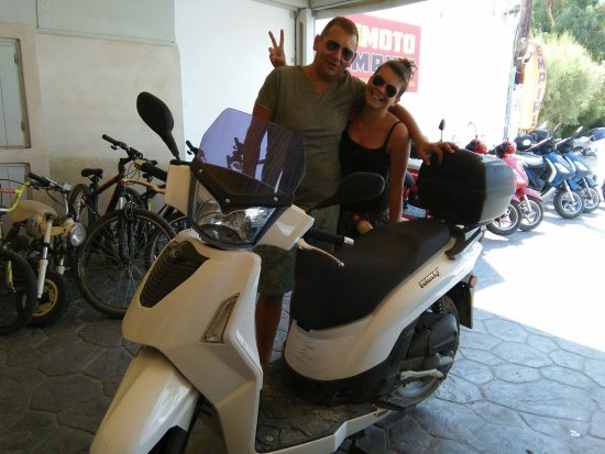 Moto Empire Santorini: Moto Empire Customers