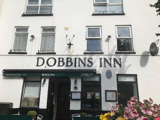Dobbins Inn Hotel : Front entrance