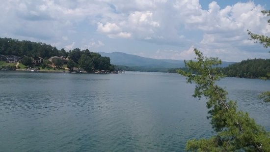 Nebo, Carolina do Norte: View of Lake James