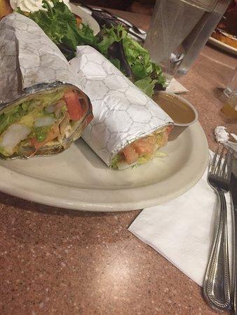 State Line Diner: Shrimp wrap