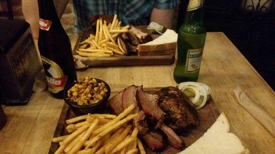 Pappy's BBQ Antigua: IMG-20170826-WA0006_large.jpg