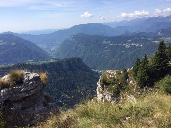 Asiago, Italy: Verso forte Campolongo