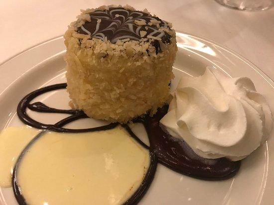 Parker's Restaurant: Boston Cream Pie
