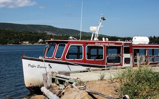 Big Bras d'Or, Canadá: The Puffin Express