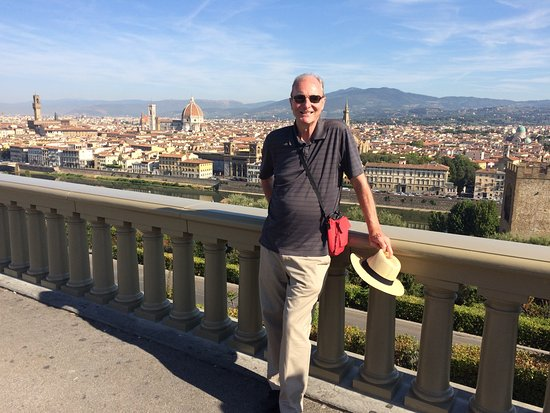 My Tour Tuscany Experts : The tour started with a drive to the top of Piazzale Michaelangelo for a spectacular vista