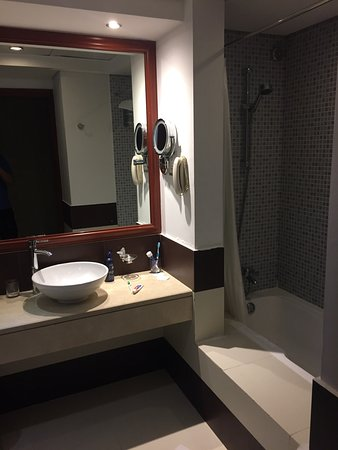 Cassells al barsha hotel booking