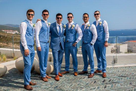 groomsmen attire courtesy of johnny team パトン exclusive