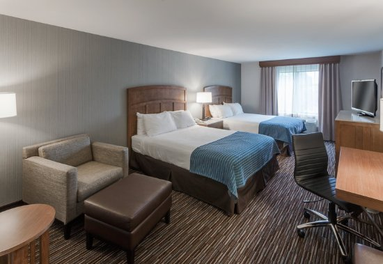 Holiday Inn Express Hotel & Suites Carpinteria: Wheelchair Accessible Queen or King Rooms Available