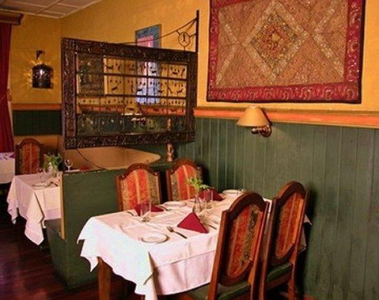 Tin Jo Restaurant: Interni Tin Jo