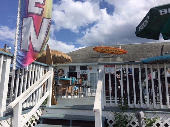 Sunset Bar & Grill: Entrance