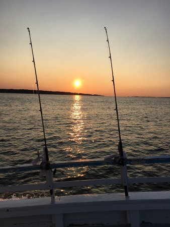 Waterford, CT: Great fishing trip