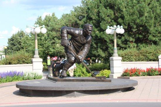 Estatua de Maurice Richard