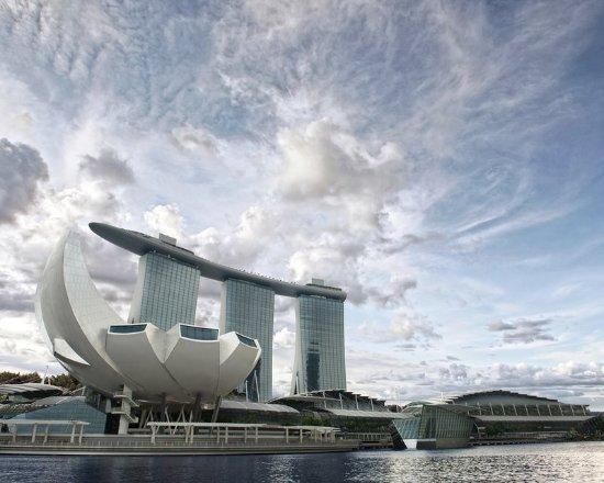 Marina Bay Sands: ASMProperty