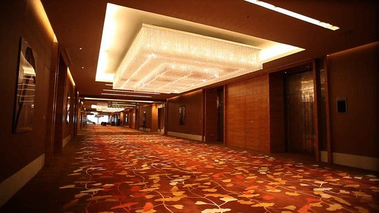 Losing its shine - Review of Pan Pacific Singapore