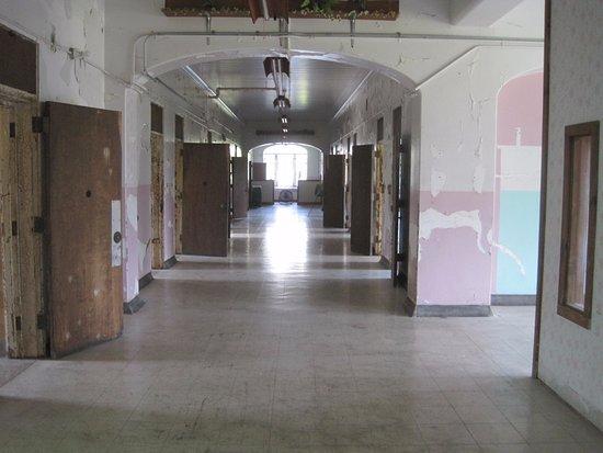 Trans-Allegheny Lunatic Asylum: The untouched halls of an insane asylum
