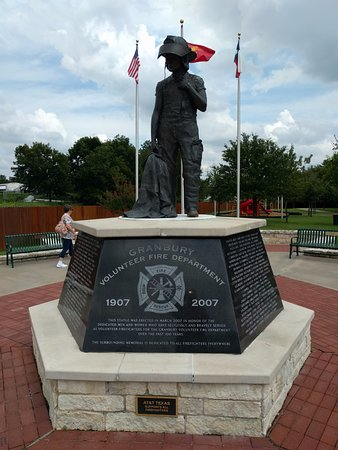 ‪Jim Burks Firefighters Memorial Park‬