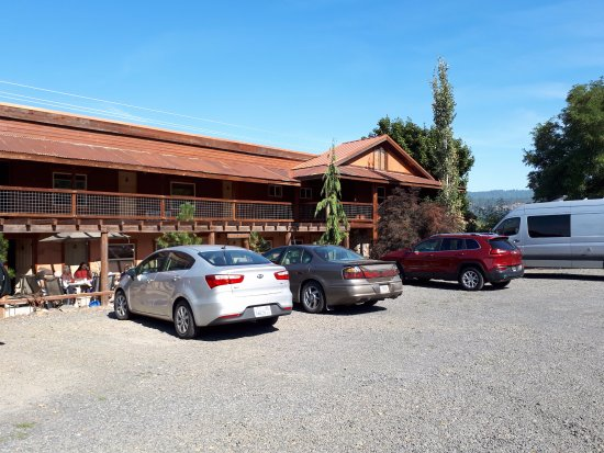 Lakeview Lodge Photo