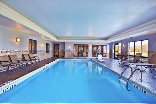 holiday inn express suites springfield dayton area. Black Bedroom Furniture Sets. Home Design Ideas