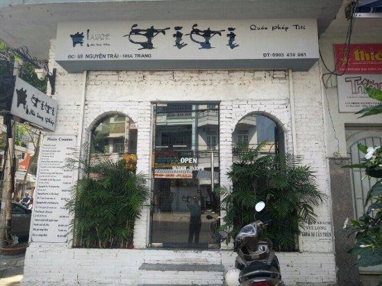 Kết quả hình ảnh cho Nhà hàng Pháp TiTi nha trang