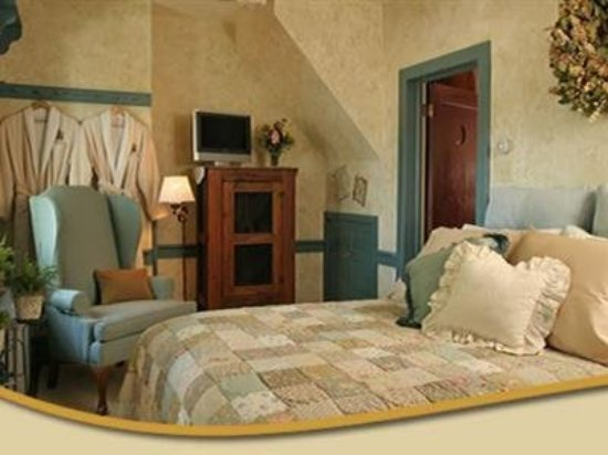 Macungie, PA: Guest Room -OpenTravel Alliance - Guest Room-