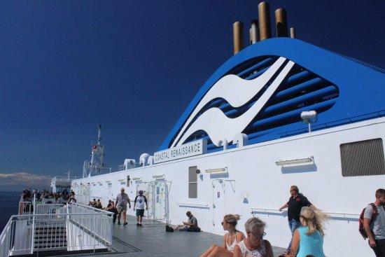Tsawwassen, Canada: Sun Deck Side of Coastal Renaissance