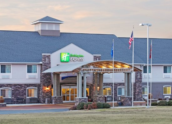 Monticello, أركنساس: Hotel Exterior