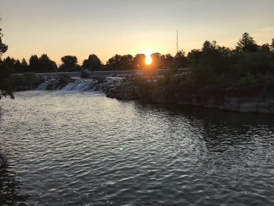 ‪Idaho Falls River Walk‬