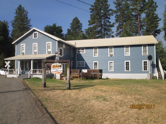 Iron Horse Inn Bed & Breakfast: B&B in the former crew bunkhouse.