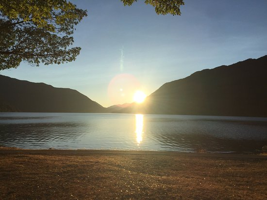 Lake Crescent Lodge: View