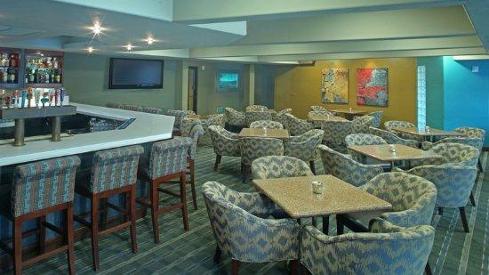Holiday Inn San Diego-Bayside: Bar and Lounge