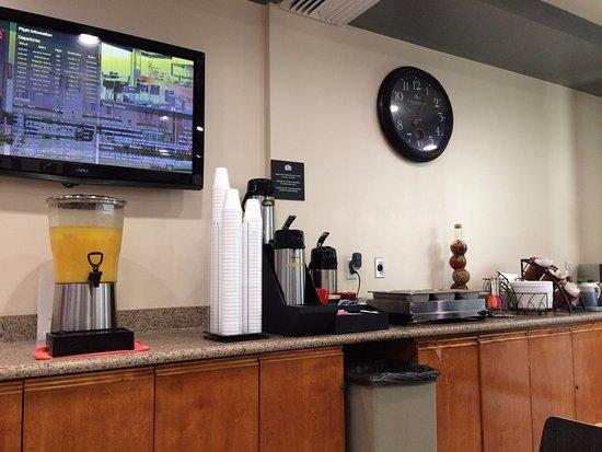 Ramada Limited San Francisco Airport North: Breakfast