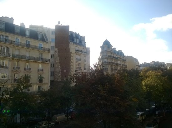Hotel Riviera Elysees: view from our room