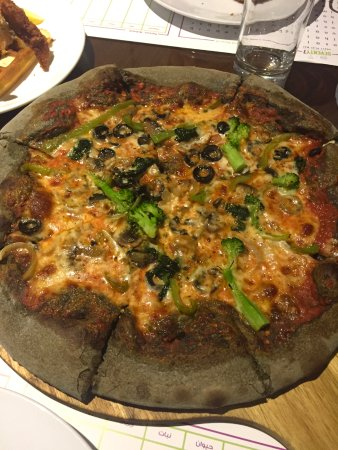 Seventy Seven Burger And Pizza: go green and black pizza. this is for vegetarian or people who loves vegetable