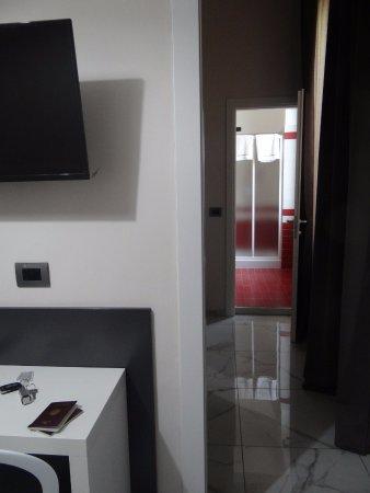 enfilade dressing chambre salle de bain bild von hotel san francisco mailand tripadvisor. Black Bedroom Furniture Sets. Home Design Ideas