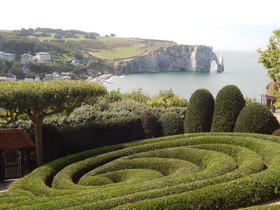 Une Vue Incroyable Picture Of Les Jardins D Etretat Tripadvisor