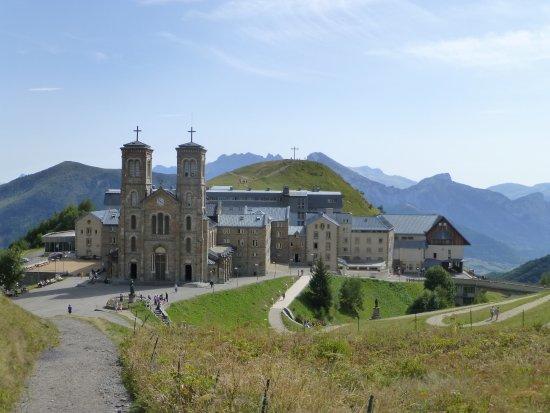 Sanctuaire De Notre Dame De La Salette : Notre dame de Slette
