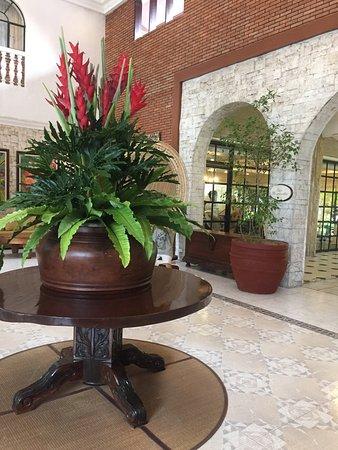 Montebello Villa Hotel : photo1.jpg