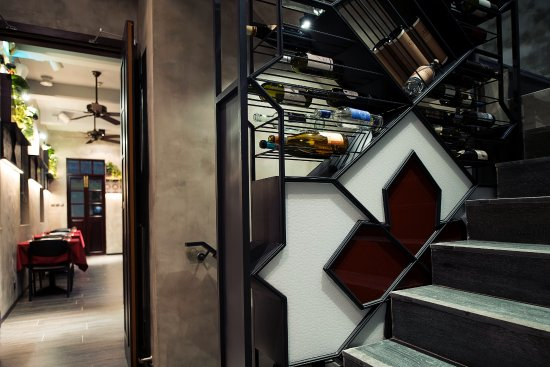 Bella Taipa Modern Italian Cuisine Interior Design By The Best Local Designer