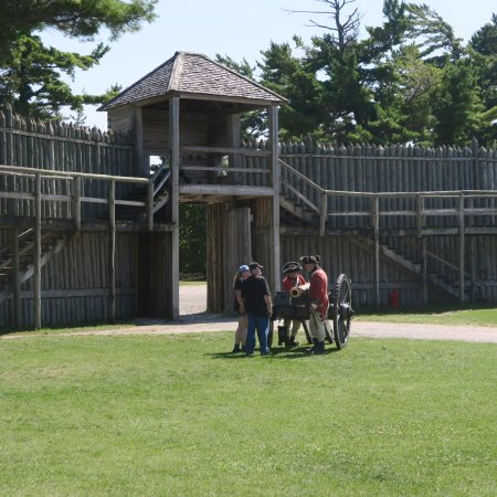 Colonial Michilimackinac: The fort walls