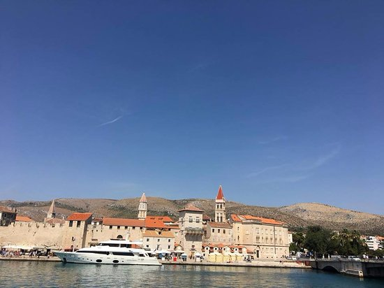 Ciovo Island, Kroasia: Our view to Trogir