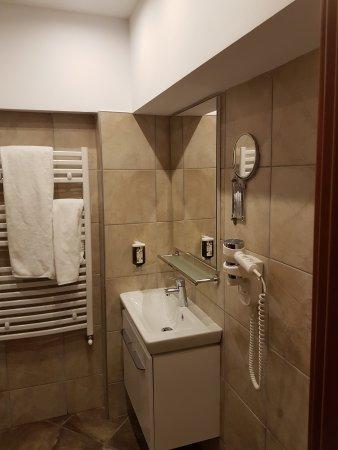 Hotel Pestera: 20170825_194457_large.jpg