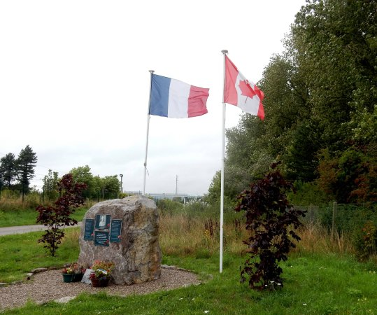 Camiers, ฝรั่งเศส: Stele