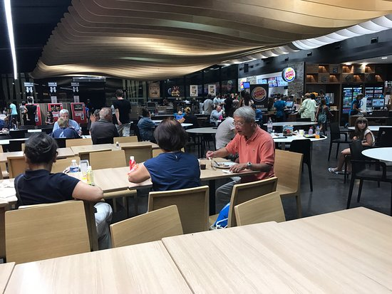 Burger king taponas autoroute a6 restaurant avis for Restaurant autoroute