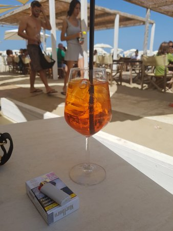 Tortuga beach bagno 67 rimini restaurant bewertungen for Bagno 90 rimini