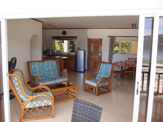 Anse Boileau, Seychelles: living room and kitchen