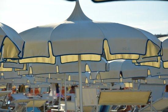 Ombrelloni al Bagno 26 - Picture of Bagno Tiki 26, Rimini - TripAdvisor