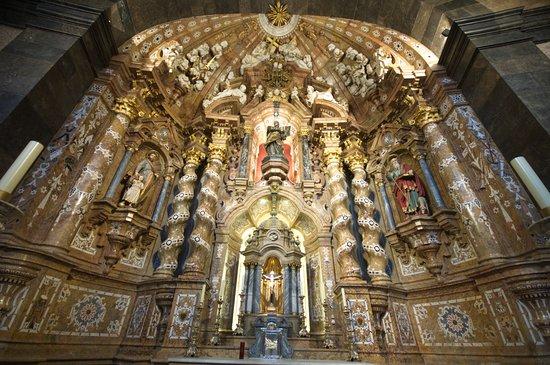 Santuario de Loyola: Retablo del santuario