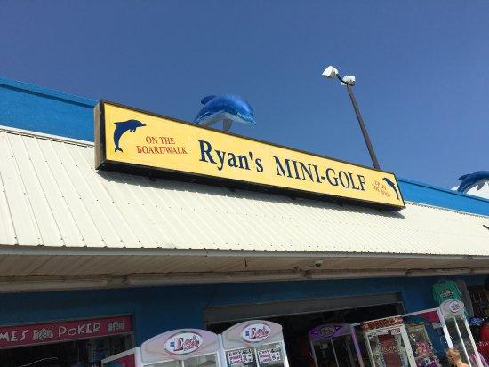 Ryan's Mini Golf: photo0.jpg