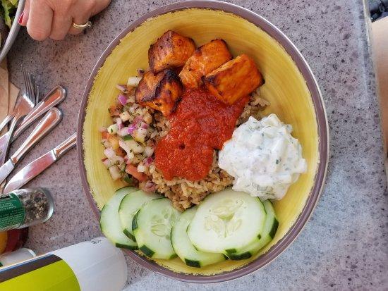 Zoes Kitchen Greek Chicken Pita greek chicken pita - picture of zoes kitchen, marlton - tripadvisor