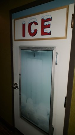 ACME Hotel Company Chicago Door to Ice machine room & Door to Ice machine room - Picture of ACME Hotel Company Chicago ...